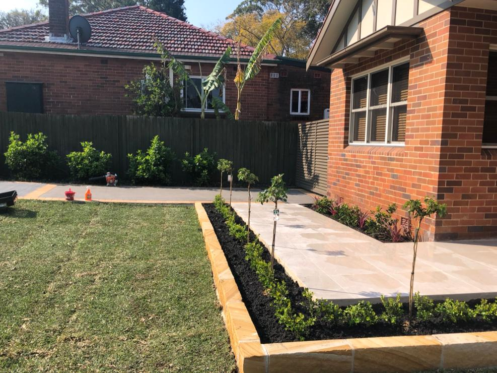 How to search for the best landscapers for landscaping services?