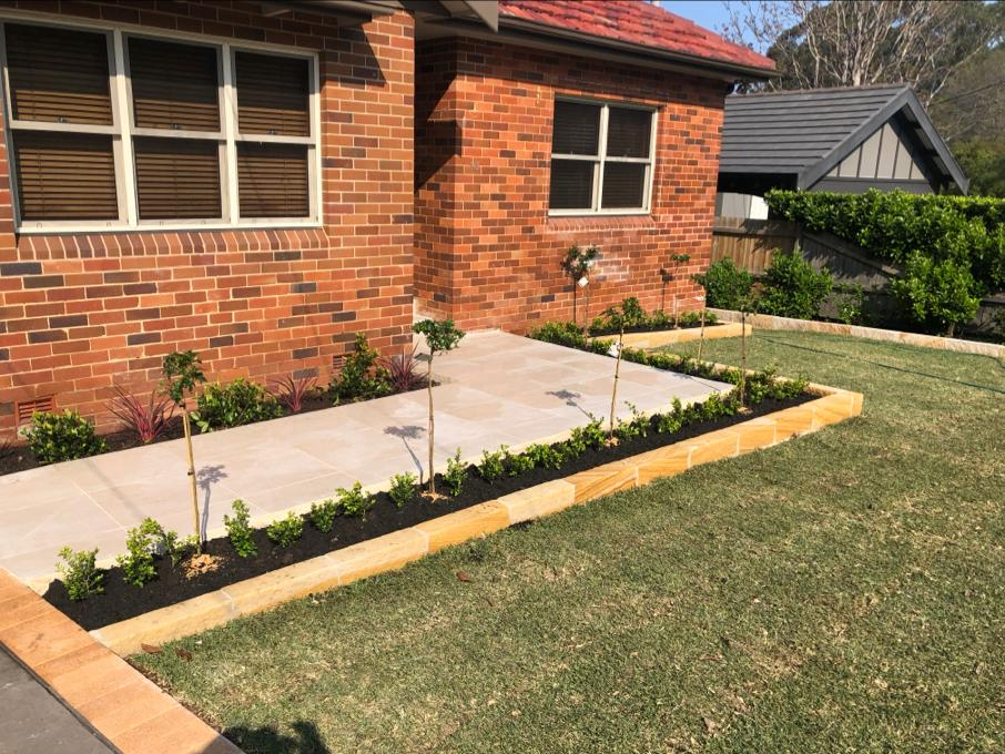 Why should you hire professionals for maintenance of your garden?