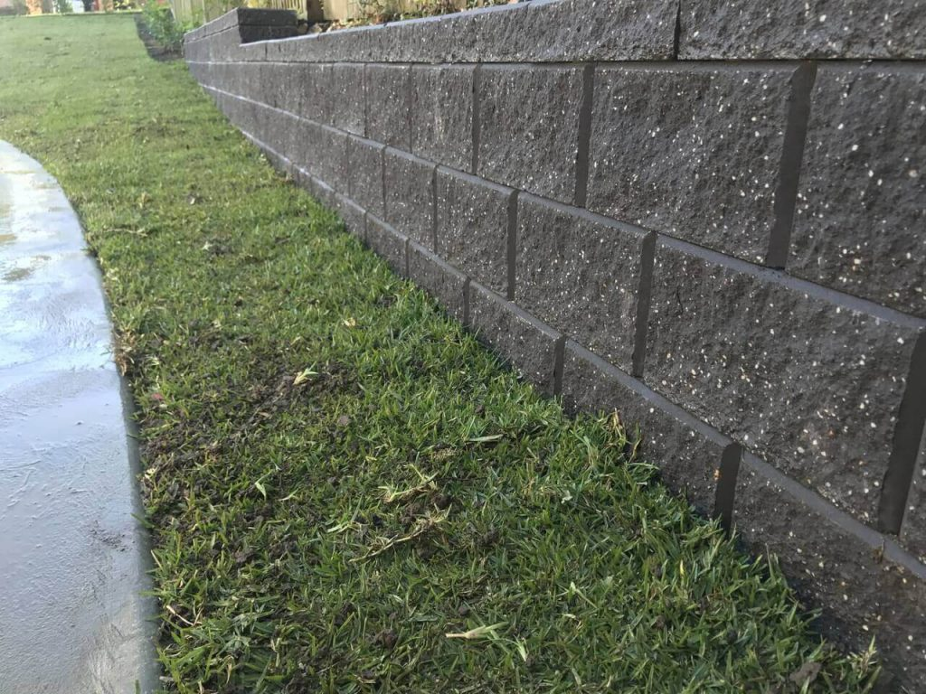 How to minimize the cost of landscape construction on your property?